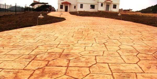 Pavimento finta pietra. pietre naturali hightech basalto grigio with