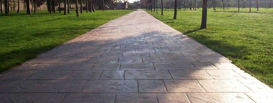 Pavimentare giardino senza cemento vd74 pineglen - Pavimento per giardino ...