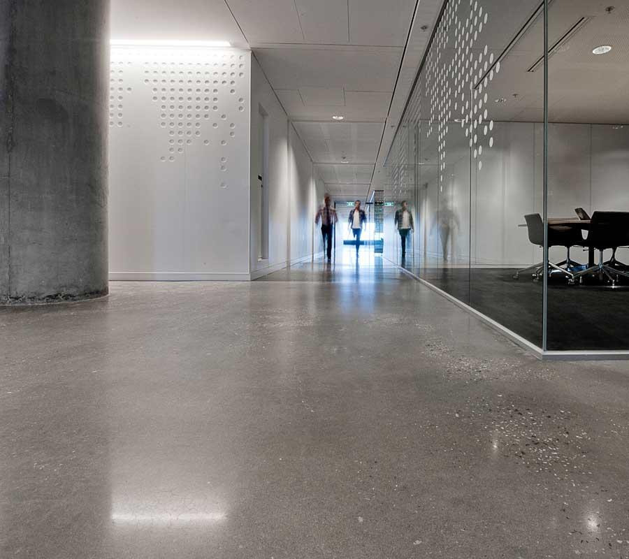Index of /img/pavimento-in-calcestruzzo-levigato-per-hotel-hall ...
